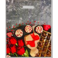 Полиэтиленовый пакет  Конфеты и цветы  - 31 х 40 см.